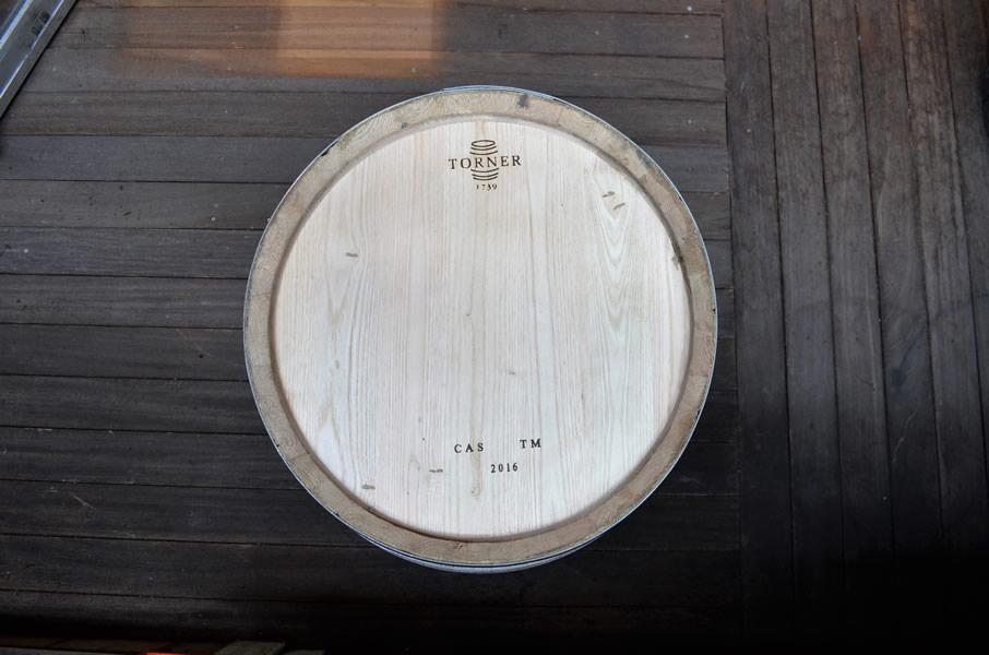 <big><strong>ワイン樽(新樽)<br/>スペイン産・中タイプ(winebarrels)</big></strong>